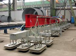 Alternative & Erneuerbare Energien News: Foto: Das Schwerlast-Vakuumhebegerät für die Fertigung von Windkrafttürmen bewältigt bis zu 33 Tonnen Hebeleistung - dank Technik von AERO-LIFT..