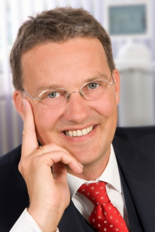 Handy News @ Handy-Info-123.de | Prof. Dr. Guido Quelle, Geschäftsführender Gesellschafter Mandat Managementberatung GmbH, Dortmund