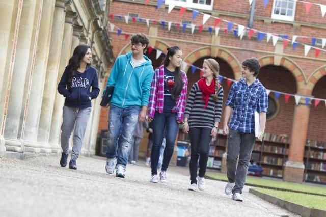 Nordrhein-Westfalen-Info.Net - Nordrhein-Westfalen Infos & Nordrhein-Westfalen Tipps |  Im Wellington College freuen sich die Jugendlichen in diesem Jahr auch auf den Kurs