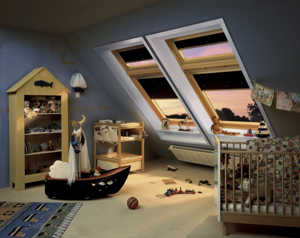 Babies & Kids @ Baby-Portal-123.de | Mit dem VELUX Verdunkelungs-Rollo schlafen Kinder im Sommer leichter ein und der Kampf ums zu Bett gehen ist passé.