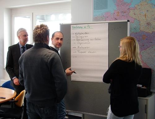 Dieter Froitzheim, Manfred Scheu und Johann Budak, barth Spedition GmbH, Carina Kling, VTL GmbH (von links)