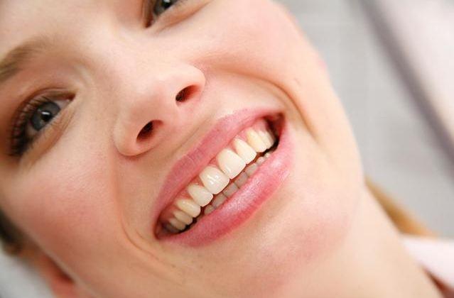 Das schöne Lächeln gesunder Zähne!
