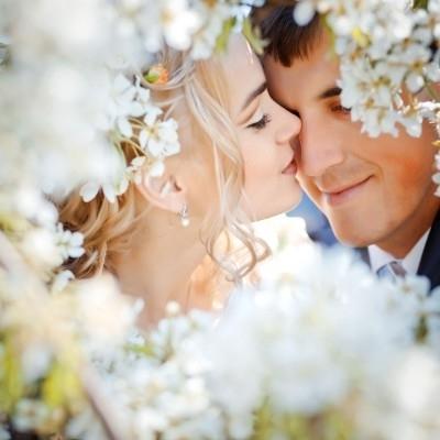 Ostern-247.de - Infos & Tipps rund um Geschenke | Verliebt durch den Frühling 2012