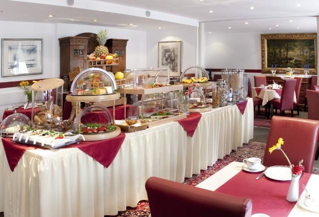 Duesseldorf-Info.de - Düsseldorf Infos & Düsseldorf Tipps | Für das Frühstücksbüfett erhielt das Hotel Burgschmiet das Gütesiegel