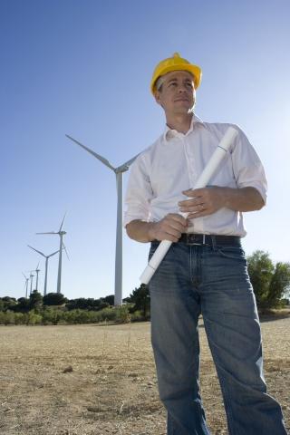 Alternative & Erneuerbare Energien News: Jobs bei erneuerbaren Energien: Die Energiewende wird eine milliardenschwere Investitionsoffensive in Deutschland auslösen - unter anderem werden viele weitere Windparks entstehen.