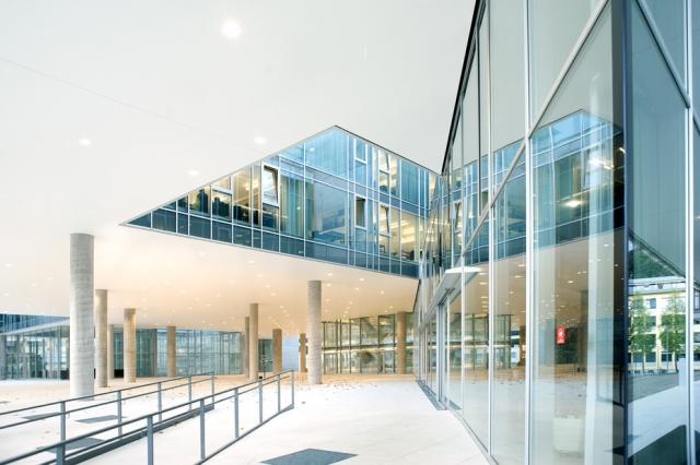 Paris-News.de - Paris Infos & Paris Tipps | Unipark Nonntal - Arbeitgeber hautnah erleben