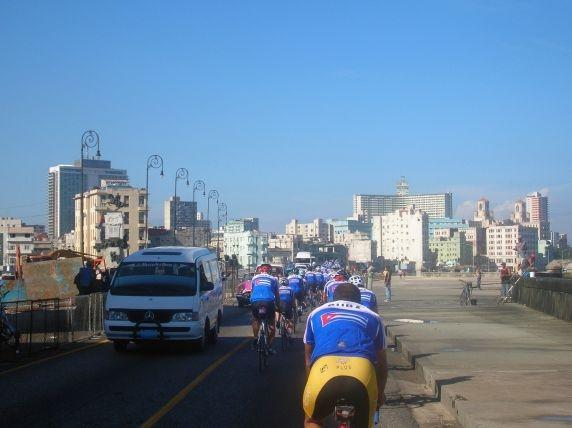 Kuba-News.de - Kuba Infos & Kuba Tipps | Einfahrt in Havanna