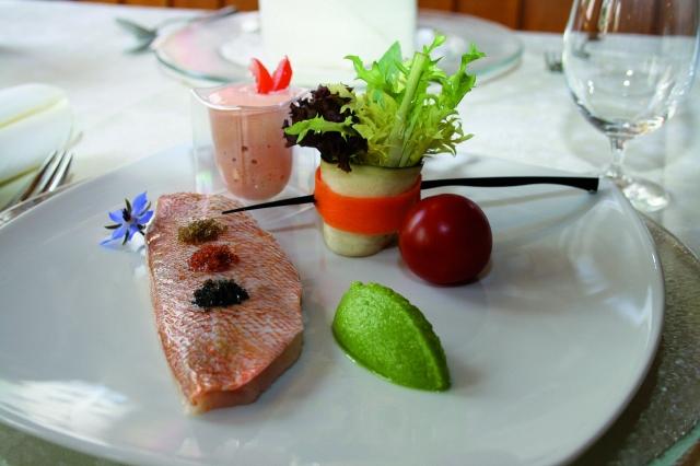 Hotel Infos & Hotel News @ Hotel-Info-24/7.de | Köstliche Fischkreation aus der preisgekrönten Küche des  Hotels Landhaus Lebert.