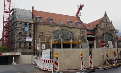 Tickets / Konzertkarten / Eintrittskarten | Die Poranzl GmbH aus Neunkirchen ist zuständig für den Estrich im Alten Hallenbad in Heidelberg.