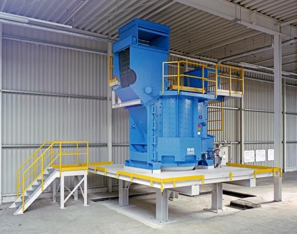 Nordrhein-Westfalen-Info.Net - Nordrhein-Westfalen Infos & Nordrhein-Westfalen Tipps | Rotorshredder in einer Recyclinganlage in Norddeutschland, die der WEEE-Richtlinie entspricht, vor dem Aufbau der Schallschutzeinhausung.
