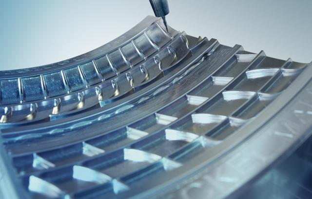 Hardware Infos & Hardware Tipps @ Hardware-News-24/7.de | hyperMILL-Reifenmodul: Innovative Frässtrategien für das Bearbeiten von Reifenformen