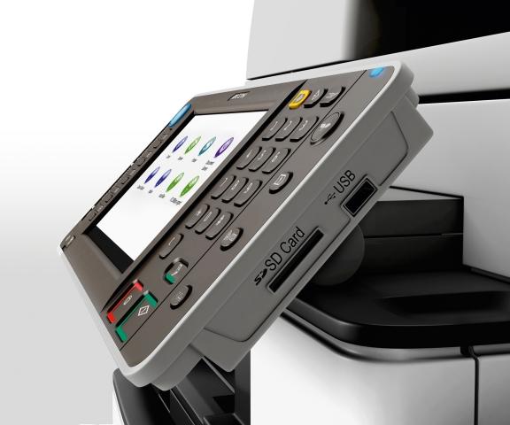 Duesseldorf-Info.de - Düsseldorf Infos & Düsseldorf Tipps | Die Systeme Aficio MP 4002 und Aficio MP 5002 verfügen über USB- und SD-Steckplätze an der rechten Seite des Bedienpanels.