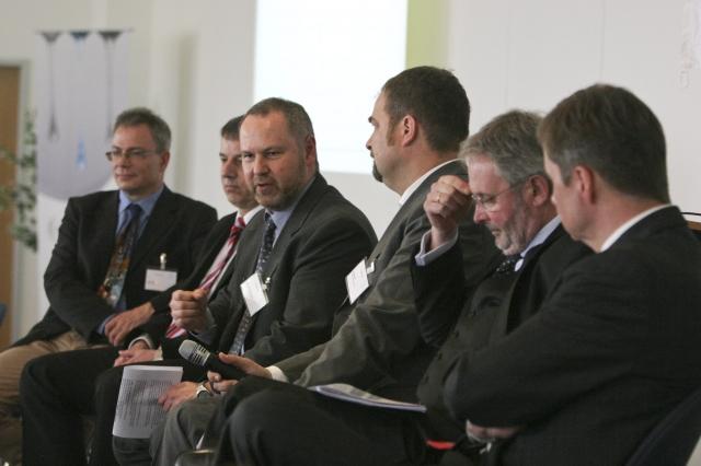 "Berlin-News.NET - Berlin Infos & Berlin Tipps | Erneut ein voller Erfolg: Der 18. Round Table ""Reifentechnik"" (Foto: REMA TIP TOP)"