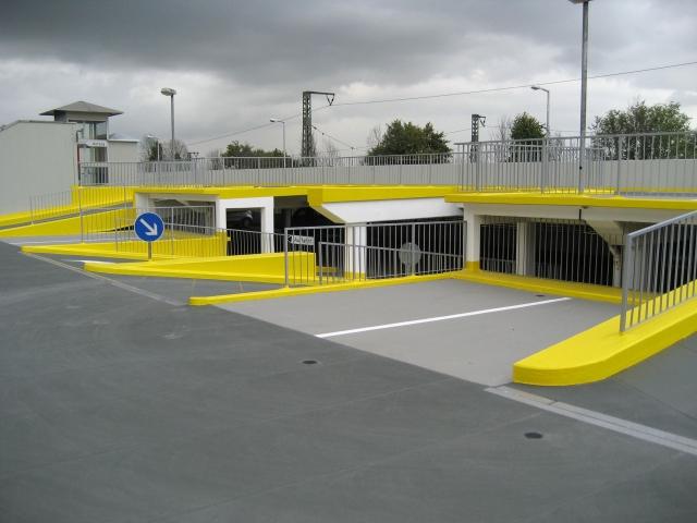 Hessen-News.Net - Hessen Infos & Hessen Tipps | Innerhalb von acht Wochen hat der Sanierungsspezialist USTA Kunstharzbeschichtungen das City Parkhaus im hessischen Friedberg komplett saniert.
