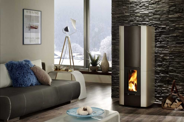 Technik-247.de - Technik Infos & Technik Tipps | Hochwertige Feuerstelle vereint hohe Wärmeleistung mit extravagantem Design – Speicherfunktion sorgt lange Zeit für wohlige Wärme