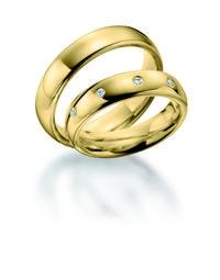Hochzeit-Heirat.Info - Hochzeit & Heirat Infos & Hochzeit & Heirat Tipps | Trauringe und Hochzeit gehören zusammen: Ein Ring symbolisiert durch seine Kreisform bereits seit der Antike die Unendlichkeit.