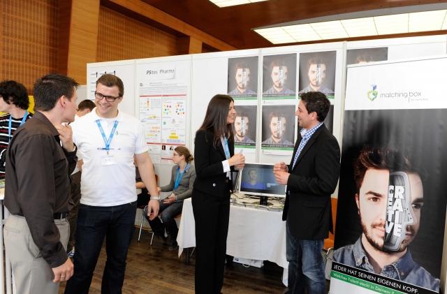 Hessen-News.Net - Hessen Infos & Hessen Tipps | StartUps am Messestand des Goethe-Unibators Frankfurt präsentieren sich auf AUFSCHWUNG 2012