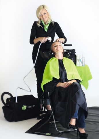 Bremen-News.NET - Bremen Infos & Bremen Tipps | Die Rollenden Friseure - Mobiler Friseur mit mobiler Dusche