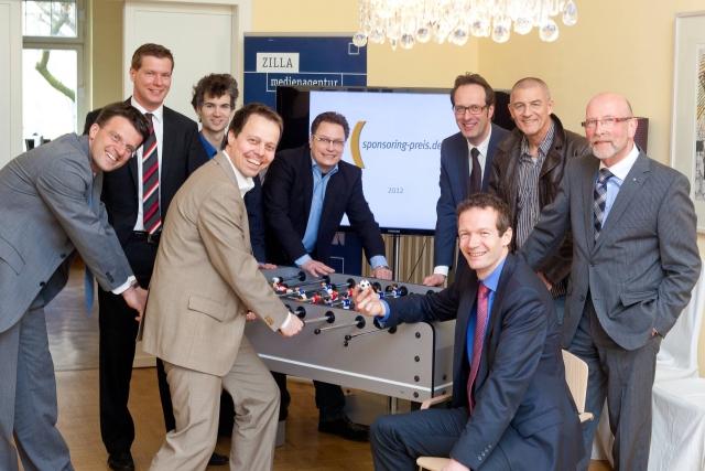 Nordrhein-Westfalen-Info.Net - Nordrhein-Westfalen Infos & Nordrhein-Westfalen Tipps | Sponsoren gaben den Startschuss für den Sponsoringpreis 2012. Foto: Lutz Kampert.