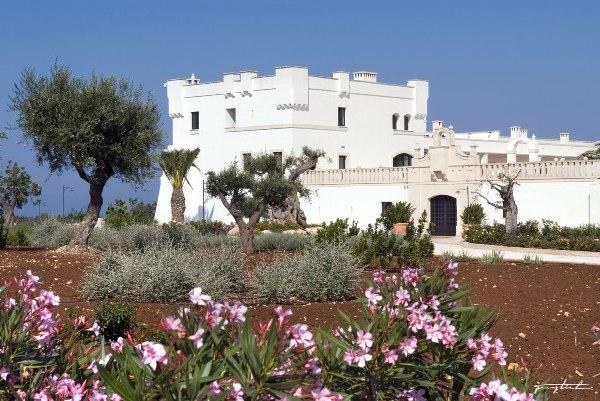 Italien-News.net - Italien Infos & Italien Tipps | Außenansicht des BORGOBIANCO Resort & Spa
