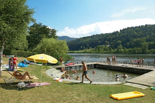 Restaurant Infos & Restaurant News @ Restaurant-Info-123.de | Liegewiese vom Sonnenhotel Hafnersee in Kärnten