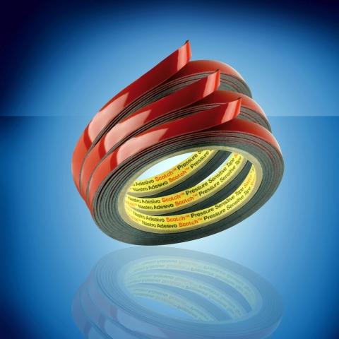 Auto News | Mit der Einführung des 1,5 mm dicken Acrylic Plus Klebebands EX 4015 vervollständigt das Multi-Technologieunternehmen 3M sein erfolgreiches EX-Klebeband-Sortiment für die Befestigung von Kunststoff-Anbauteilen an Fahrzeugen. Dieses Produkt ist jetzt in 0,