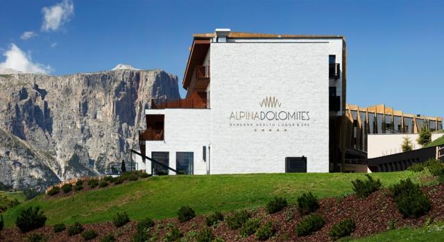 Hotel Infos & Hotel News @ Hotel-Info-24/7.de | Die Alpina Dolomites Lodge auf der Seiser Alm in Südtirol