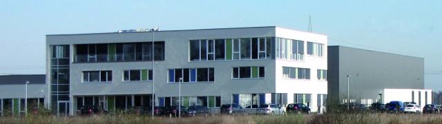 Alternative & Erneuerbare Energien News: Die EMH metering GmbH & Co KG hat den Umzug ihrer hochmodernen Zählerfertigung ins mecklenburgische Gallin abgeschlossen.