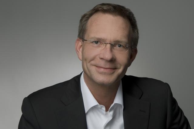Rom-News.de - Rom Infos & Rom Tipps | Zahnarzt Mark Tesche