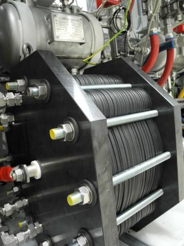 Sachsen-Anhalt-Info.Net - Sachsen-Anhalt Infos & Sachsen-Anhalt Tipps | Ein Stack erzeugt bis zu 10 Nm³ Wasserstoff pro Stunde