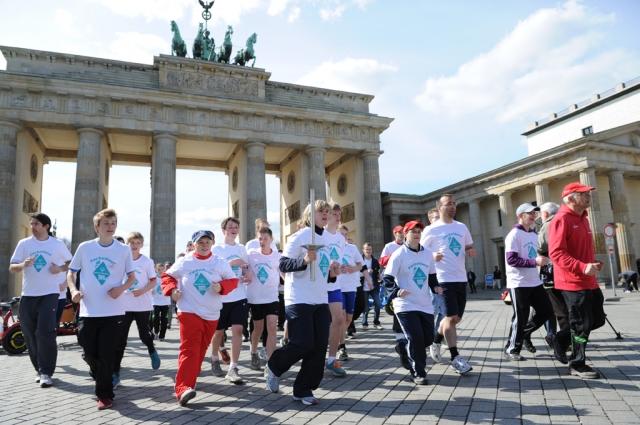 Sport-News-123.de | Tyczka sponsert Fackellauf der Special Olympics München 2012