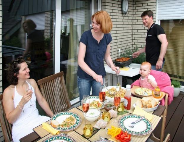 Berlin-News.NET - Berlin Infos & Berlin Tipps | Grillen auf dem Balkon, der Zankapfel Nummer 1