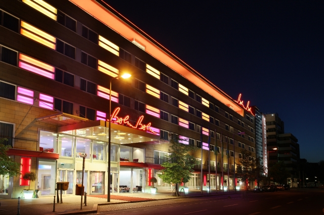 Hotel Infos & Hotel News @ Hotel-Info-24/7.de | Außenansicht Hotel Berlin, Berlin
