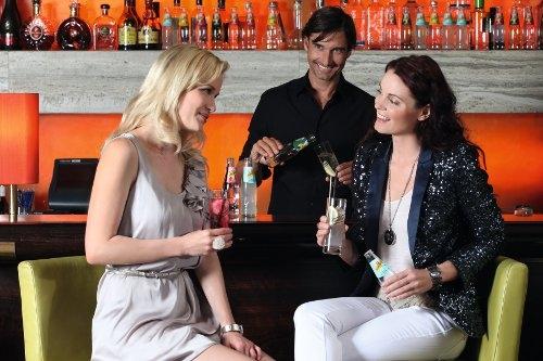 Musik & Lifestyle & Unterhaltung @ Mode-und-Music.de | Barkeeper für das beste Outfit