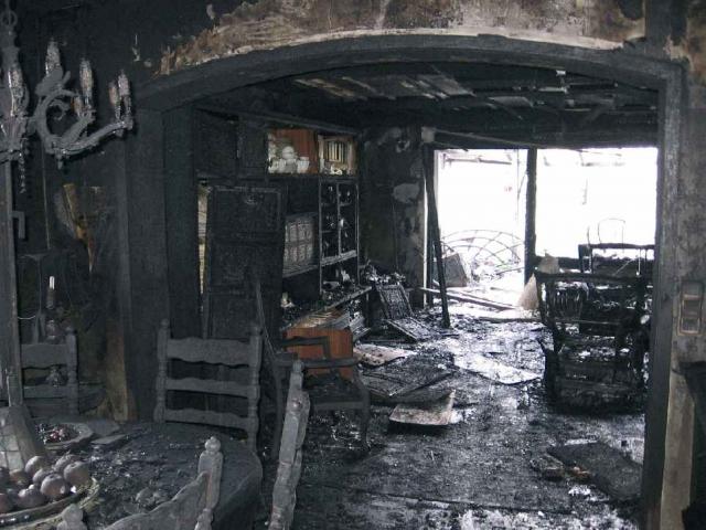 Auch defekte Fernseher lösen oft Wohnungsbrände aus.