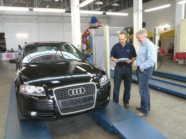 Faire Fahrzeugbewertung: Erleichterte Gesichter an der Prüfstation
