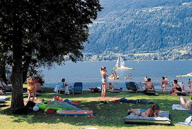 App News @ App-News.Info | Badespaß am Ossiacher See in Kärnten
