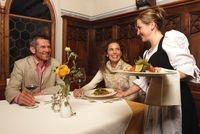 Podcasts @ Open-Podcast.de: Südtiroler Spezialitäten: Die Südtiroler Küche ist ein besonderer Genuss. Sie verbindet Mediterranes mit bodenständiger Kulinarik.