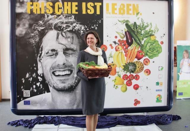 Brandenburg-Infos.de - Brandenburg Infos & Brandenburg Tipps | Bundeslandwirtschaftsministerin Ilse Aigner enthüllt das Plakatmotiv der Kampagne