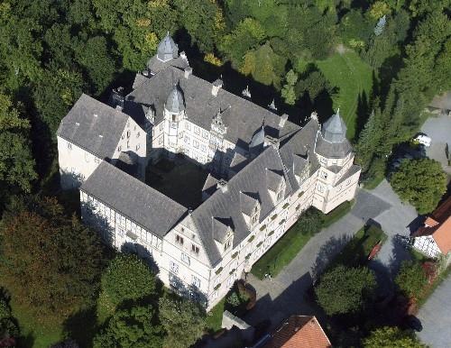 Musik & Lifestyle & Unterhaltung @ Mode-und-Music.de | Schloss Varenholz ist ein Haus des Lebens und Lernens, in dem Schülerinnen und Schüler aller gesellschaftlichen Gruppen willkommen sind.