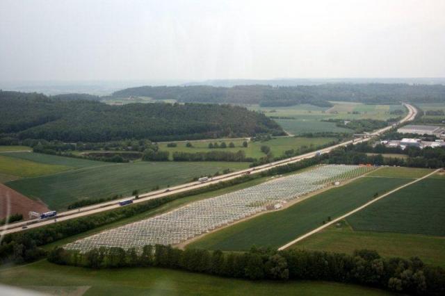 Alternative & Erneuerbare Energien News: Wir machen die Energiewende, SolarPark Rosenhof Wörnitz, klimaneutraler Strom für 2000 Personen,