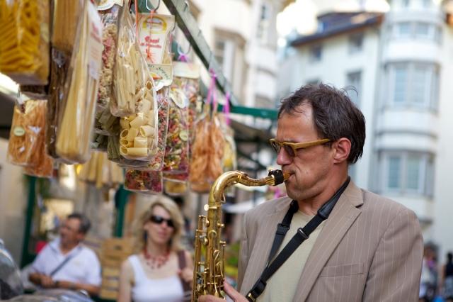 Das Festival holt sowohl junge Musikstudenten aus der Region als auch weltweit bekannte Jazzkünstler auf die Bühne! | Kultur-News.de