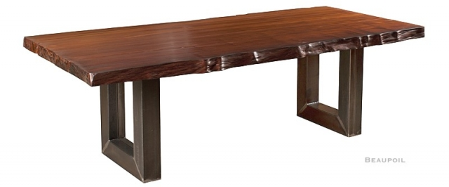 Neuseeland-News.Net - Neuseeland Infos & Neuseeland Tipps | Hochwertiger Kauri Tisch als edlen Holztisch und Esstisch, Massivholztisch aus besonderem Kauri Holz