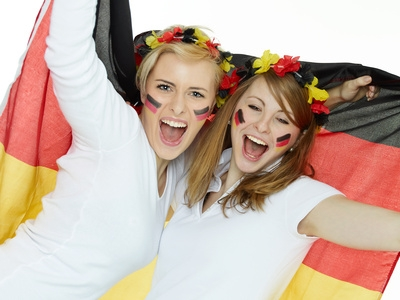 Europa-247.de - Europa Infos & Europa Tipps | Feiern Sie mit !!! EM Special - Modeschmuck 14% günstiger