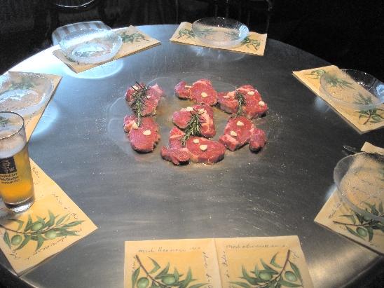 Bremen-News.NET - Bremen Infos & Bremen Tipps | Kochen ohne Töpfe und Pfannen, direkt auf dem Tisch, auf dem auch gegessen wird. Das ist der