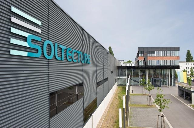 Berlin-News.NET - Berlin Infos & Berlin Tipps | Soltecture Produktionshalle und Verwaltungsgebäude