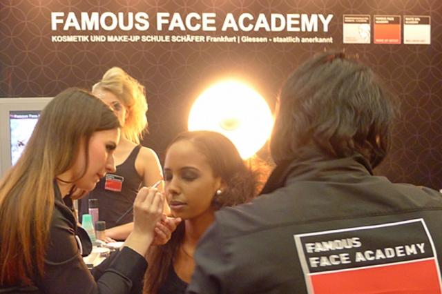 Europa-247.de - Europa Infos & Europa Tipps | Die Visagistenschule Famous Face Academy auf der Berufsbildungsmesse Rhein/Main