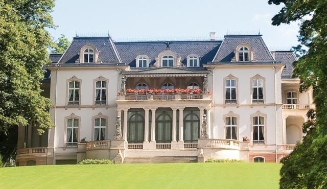 Auto News | Veranstaltungsort des 1. Trendforum Engineering ist das Palais Biron in Baden Baden