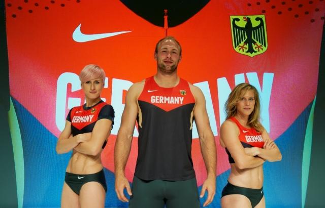 Sport-News-123.de | Ariane Friedrich, Robert Harting und Verena Sailer präsentieren die neue DLV-Wettkampfkollektion von Nike