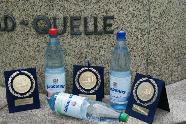 Rheinland-Pfalz-Info.Net - Rheinland-Pfalz Infos & Rheinland-Pfalz Tipps | Drei auf einen Streich: Kondrauer freut sich über die begehrten Grad Gold Auszeichnungen beim Monde Selection 2012.